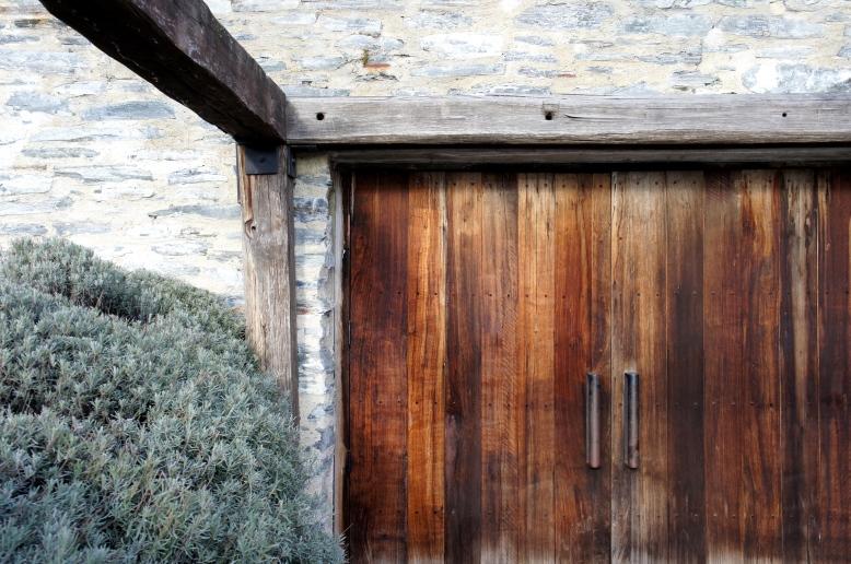 amisfield barn doors - queenstown